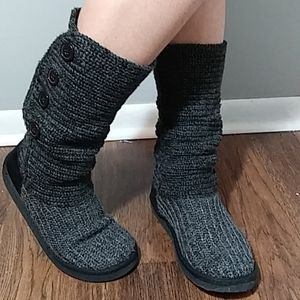 Cute Knitted Boots w/ Buttons